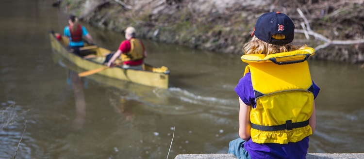 canoeing and paddling at TRCA parks