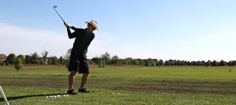 golfer on driving range at bathurst glen