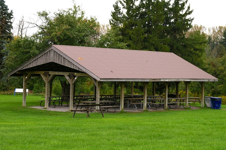picnic shelter at bruce's mill conservation area