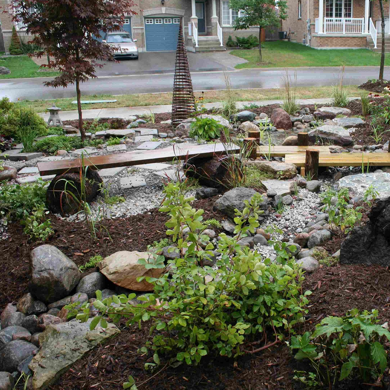 Lake Wilcox SNAP front yard makeover