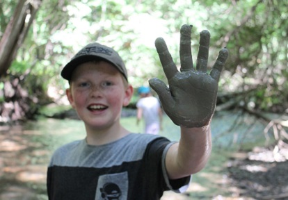 youngster takes part in nature cluib program at Claremont Field Centre