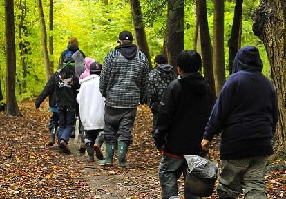 Student take part in a weekend program at Albion Hills Field Centre