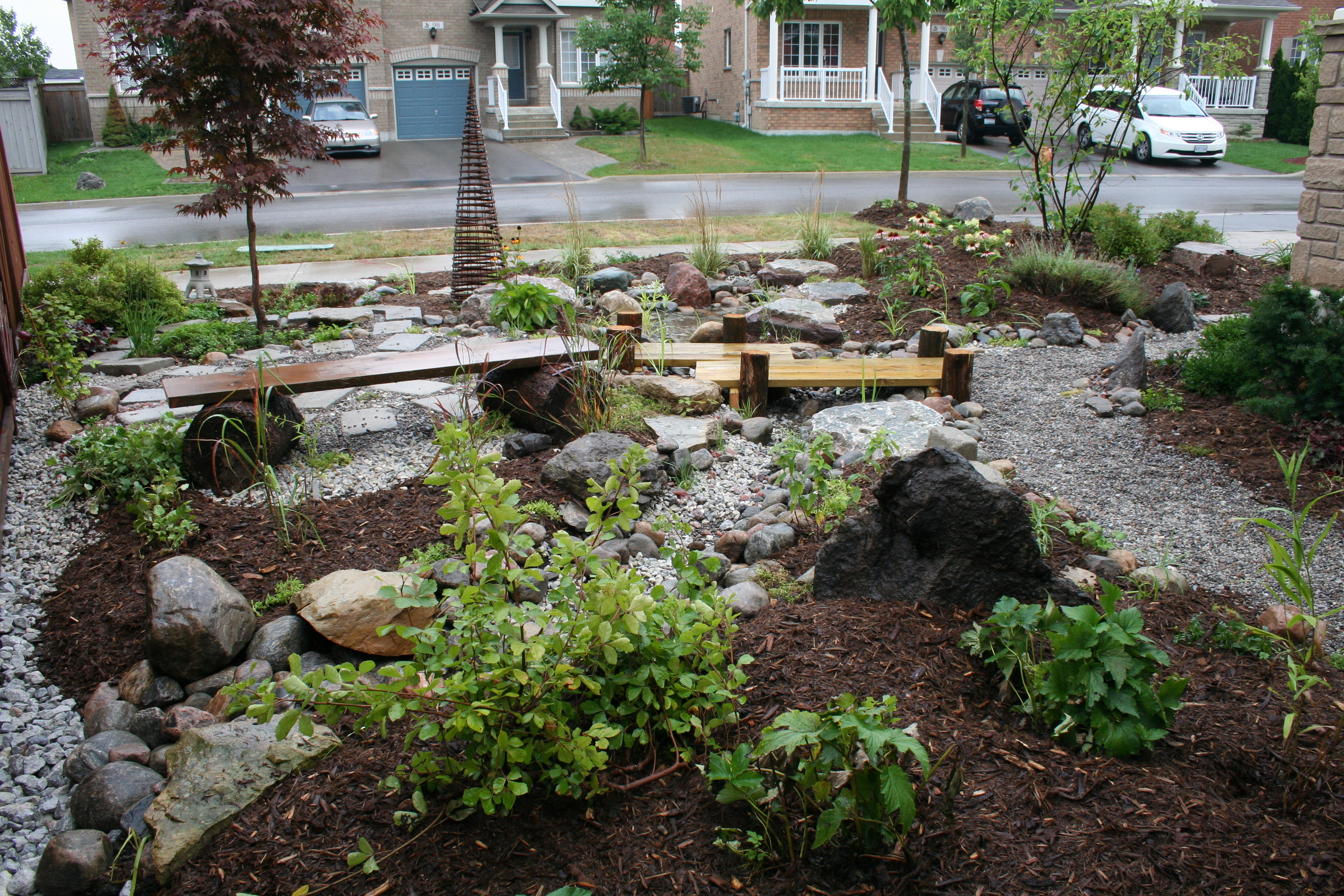 The joys of a rain garden toronto and region for Garden city pool jobs
