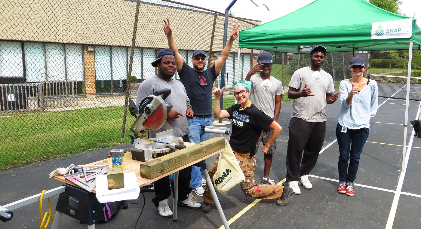 Local residents take part in a Black Creek SNAP carpentering workshop