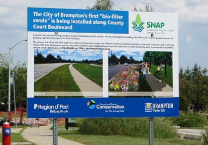 road sign promoting the County Court Boulevard bioswale