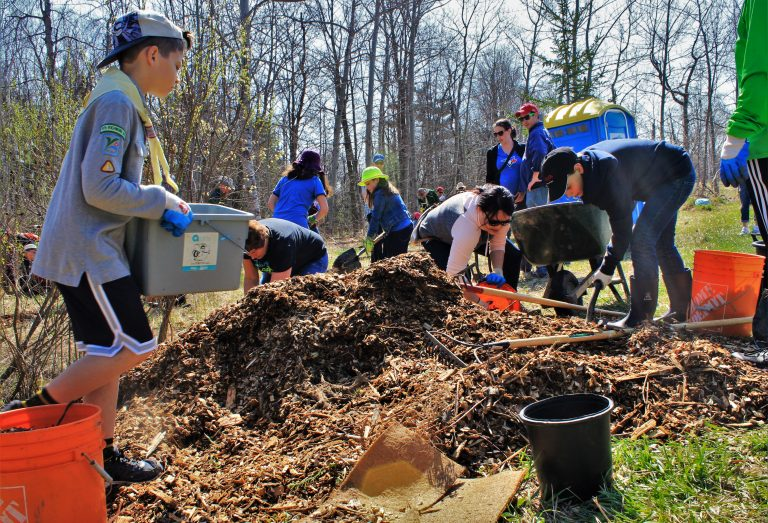 Community Planting at Grovewood